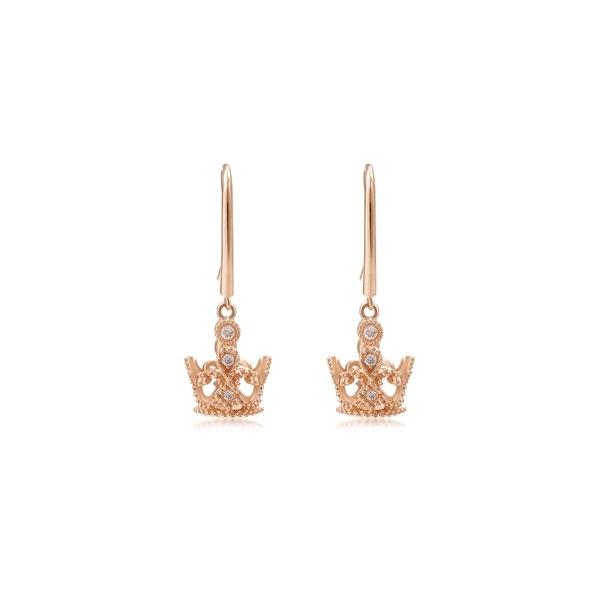周生生V&A博物馆「Bless」系列钻石耳环  图片源自品牌