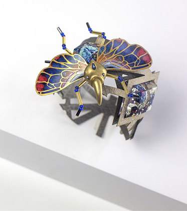 纸做的昆虫珠宝