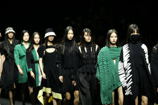 2022春夏中国国际时装周开幕,JUNNE大放异彩!