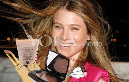 名人之后 超模德莉 海明威的化妆包