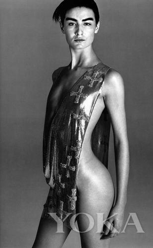 时尚摄影鼻祖级大师Richard Avedon镜头下的S造型