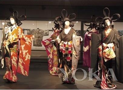 日本的歌舞伎是他一直以来的灵感来源
