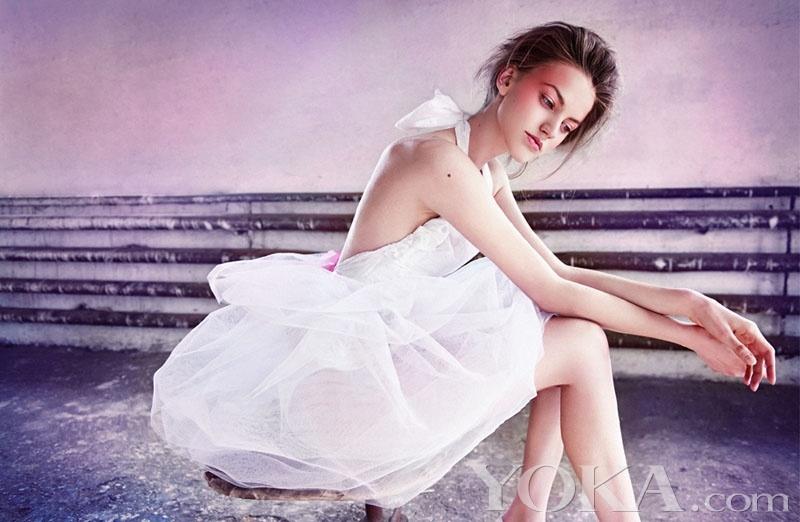 黑色或白色芭蕾裙