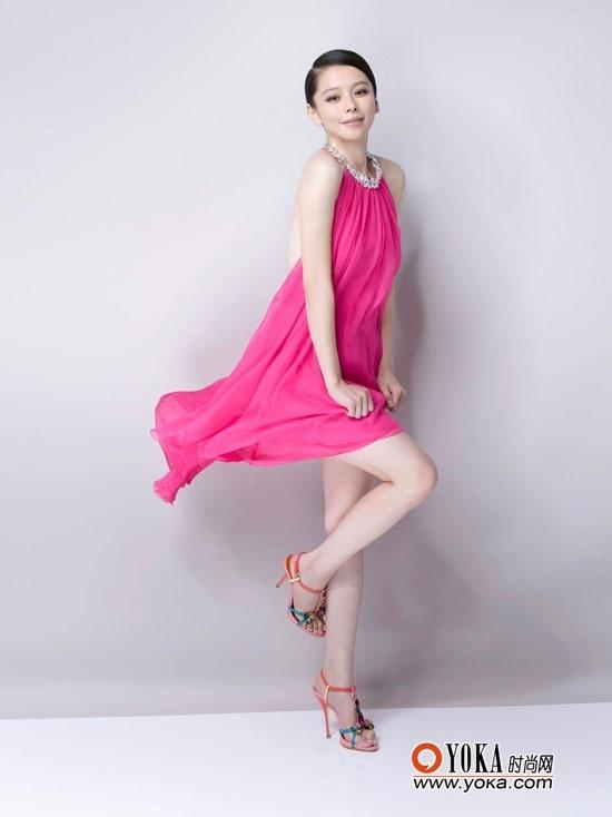 多大的女人都可以穿粉色,根据肤色搭配选择最佳的一款-永远18岁 徐