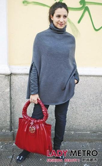 街头风尚 > 正文  3/12 下一组:2009英国时尚大奖 红毯礼服黑白红大对