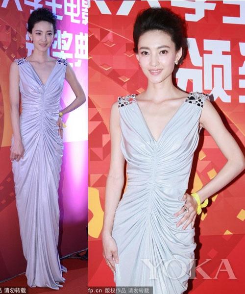 王丽坤堪称素颜美女的代表人物