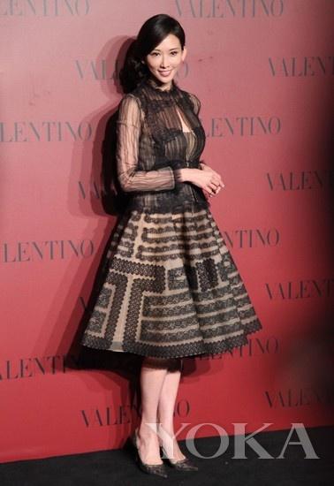 台湾美女林志玲与杜鹃同是模特出
