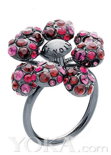 此繁花,是否比玫瑰更加令你陶醉?  Louis Vuitton-浪漫花朵饰品 新图片