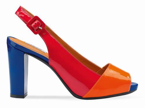 休闲鞋品牌图片