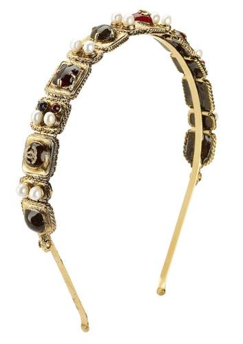 Chanel珍珠与彩宝组成的金属发饰