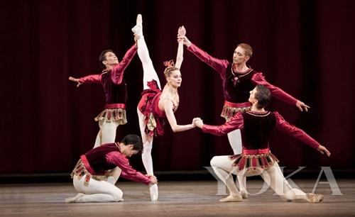 皇家芭蕾舞团演绎 JEWELS Rubies