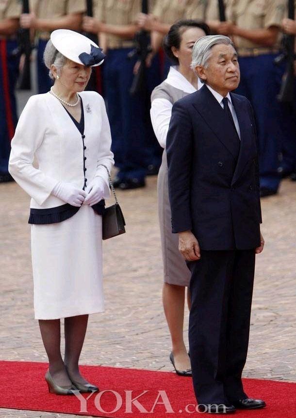 日本皇后美智子 盘子帽很萌很可爱