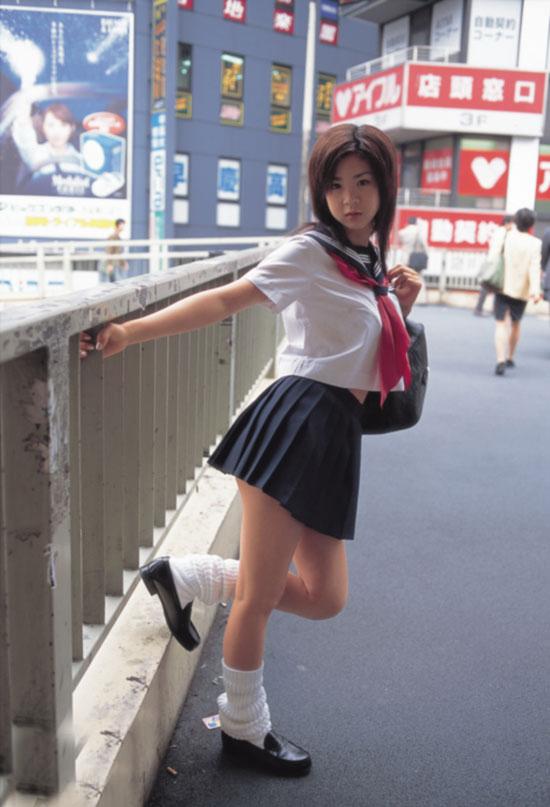 不老神话 34岁日本女模特似13岁